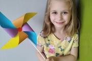 Kolorowy-wiatrak-Nikolka-W.